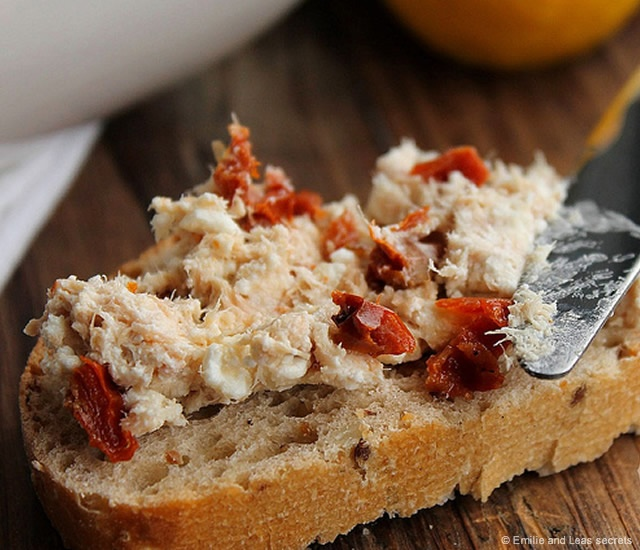 Tuna, feta and dried tomatoes spread | Image courtesy of Emilie and Leas secrets