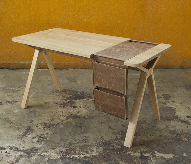 Bolsa desk | Image courtesy of Gud Conspiracy, WEWOOD