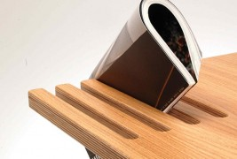 Good News coffee table - thumbnail_1