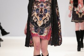 Belle Sauvage fall/winter 2013 - thumbnail_3