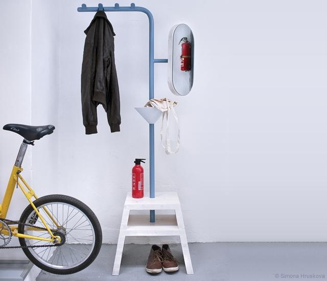 Tudy Prosim valet stand | Image courtesy of Simona Hruskova, Mgr. Art Filip Gyore