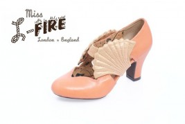 Miss L-Fire fall/winter 2011 - thumbnail_3