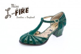 Miss L-Fire fall/winter 2011 - thumbnail_4