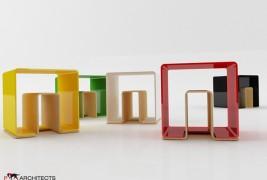 UN stool - thumbnail_5