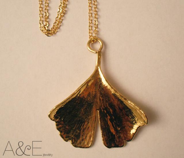 Ginkgo biloba leaf pendant