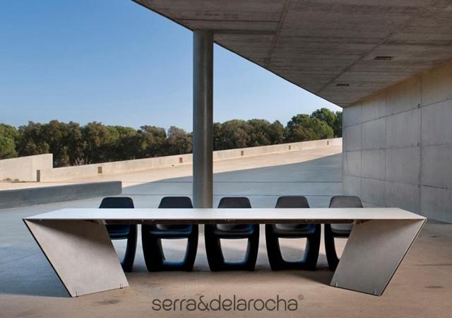 ANGLE table | Image courtesy of Serraydelarocha