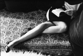 henri_cartier_bresson-martines-legs-1968