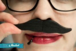 USB Moustache - thumbnail_1