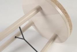 Tripod stool - thumbnail_6