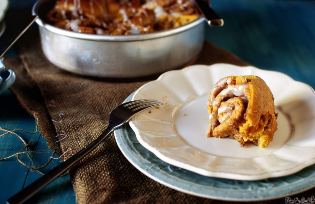 Pumpkin cinnamon rolls | Image courtesy of Pass the Sushi