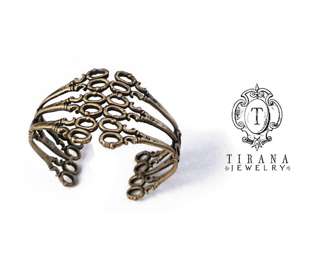 Tirana Jewelry | Image courtesy of Tirana Jewelry