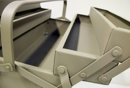 Boxes on stilettos - thumbnail_3