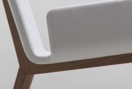 Enfold lounge chair - thumbnail_3