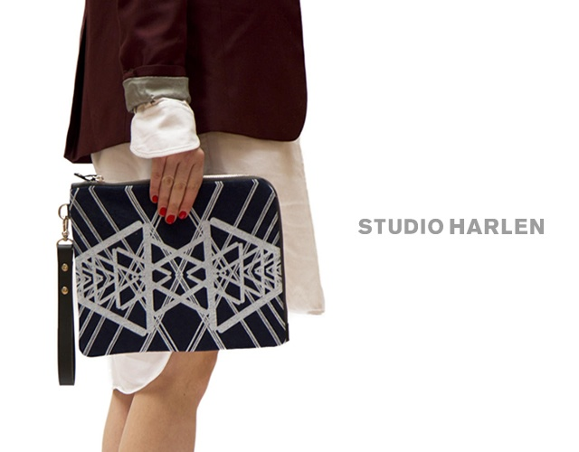 Studio Harlen printed clutch