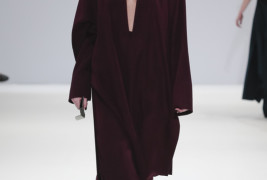 Yifang Wan fall/winter 2013 - thumbnail_5