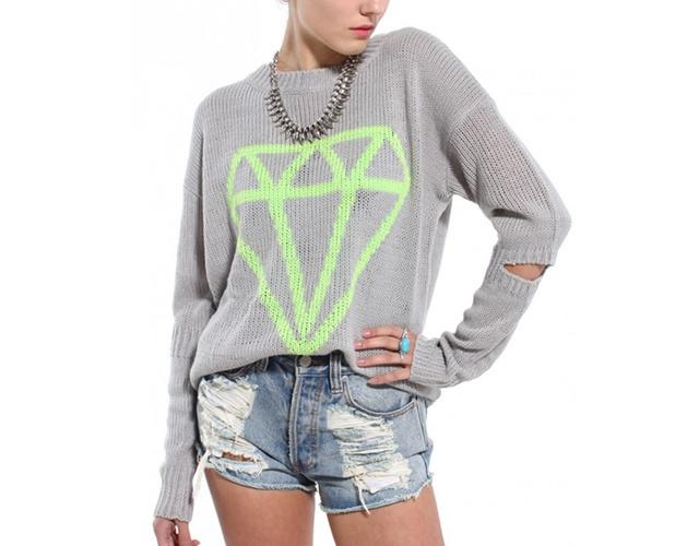 Diamond sweater | Image courtesy of Shop Akira