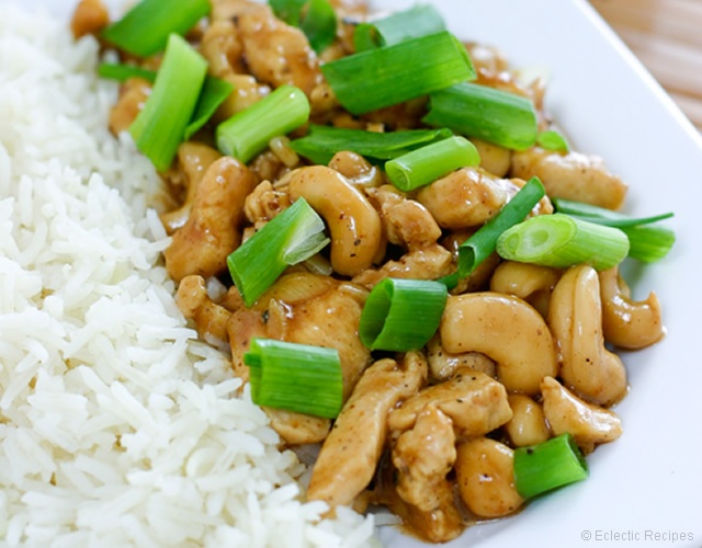 Cashew chicken | Image courtesy of Eclectic Recipes