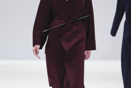 Yifang Wan fall/winter 2013 - thumbnail_1