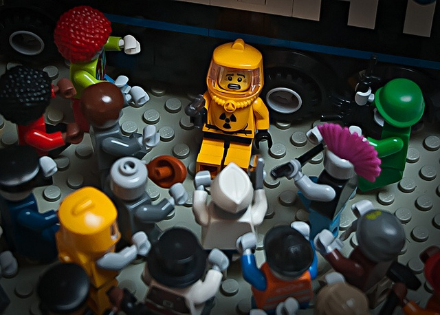 100 custom LEGO minifigs - Photo 37