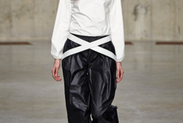 J.W. Anderson fall/winter 2013 - thumbnail_3