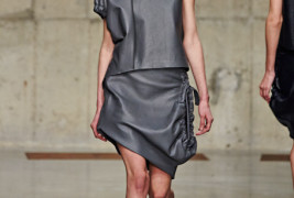 J.W. Anderson fall/winter 2013 - thumbnail_5