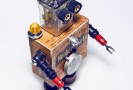 Robot sculptures - thumbnail_2