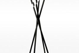 Modified coat hanger - thumbnail_2