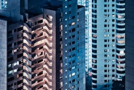 Hong Kong facades by Miemo Penttinen - thumbnail_7