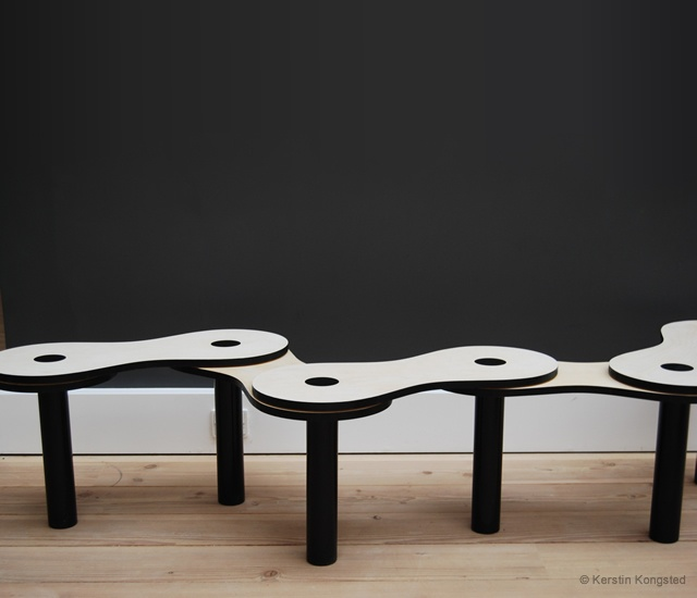 Chain bench | Image courtesy of Kerstin Kongsted
