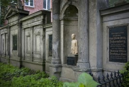 Friedhof Berlin by Ivan Prieto - thumbnail_2