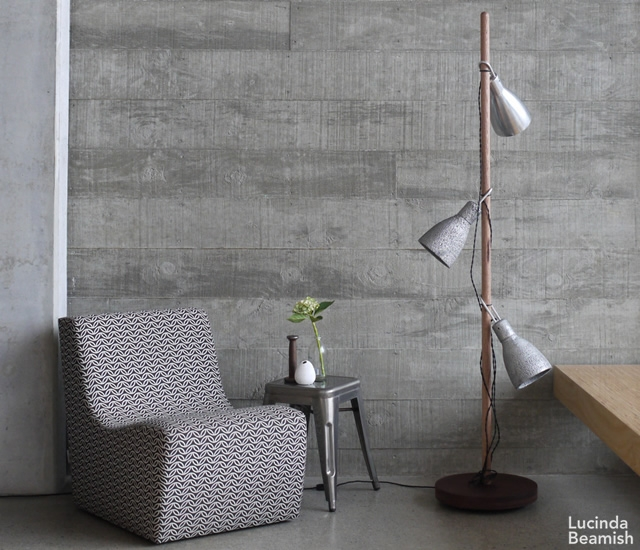 Light Weight floor lamp